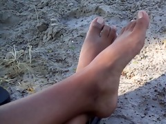 feet of