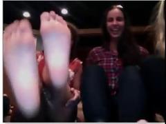 feet on